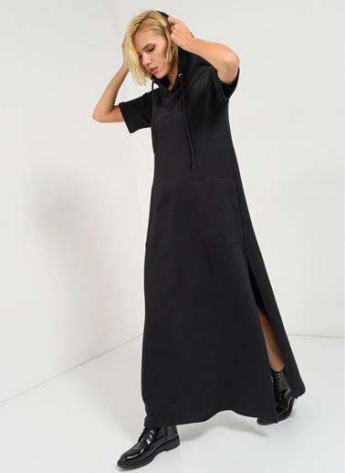 Uzun Örme Elbise-Agenda